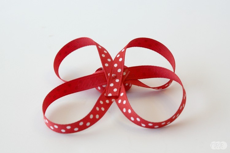 How To Make A Surround-A-Bow Hair Bow - The Ribbon Retreat Blog