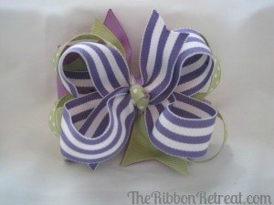 A Big Stacked Bow - {The Ribbon Retreat Blog}