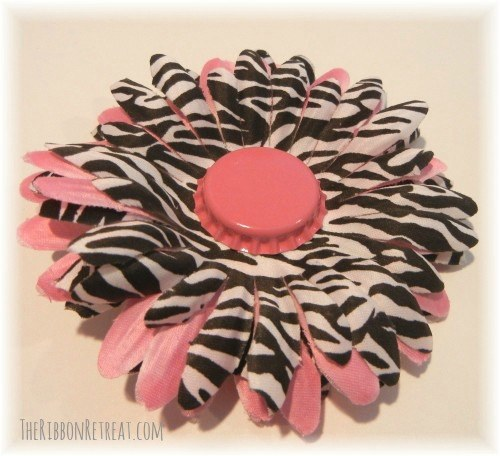 Magnetic Interchangeable Flower - {The Ribbon Retreat Blog}